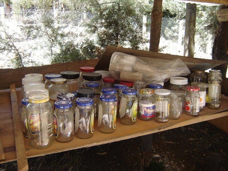 Botellas y envases que puedan ser útiles a otras personas